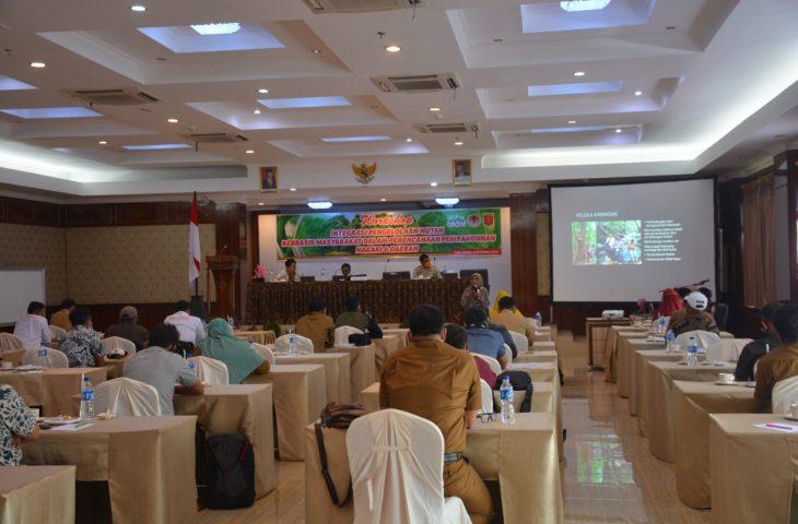 Seragamkan Pemahaman, KKI Warsi Gelar Workshop Integrasi PHBM- Pembangunan Daerah