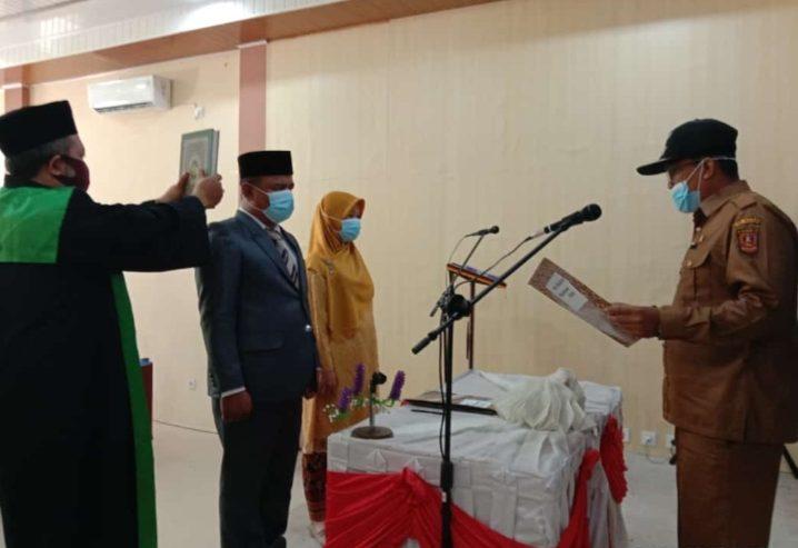Walinagari Lubukbasung Lantik Dua Pejabat Pemerintah Nagari