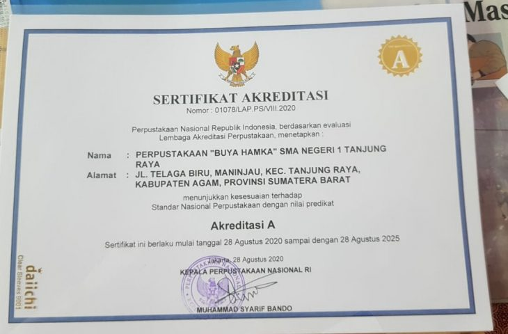 Perpustakaan Buya Hamka SMAN 1 Tanjung Raya Terakreditasi A