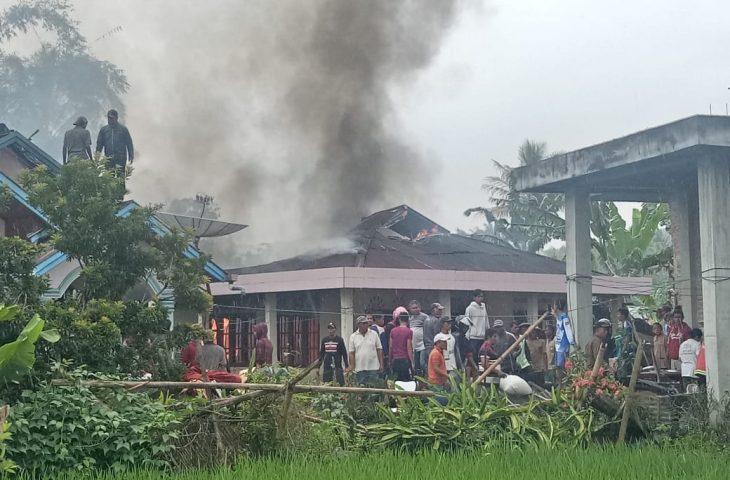 Tiga Unit Rumah Permanen Terbakar di Koto Tangah