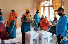 PPK Malalak Gelar Pleno, Partisipasi Pemilih 49,77 Persen