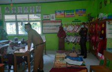 Camat Tanjung Mutiara Tinjau Kesiapan Sekolah Terapkan Belajar Tatap Muka