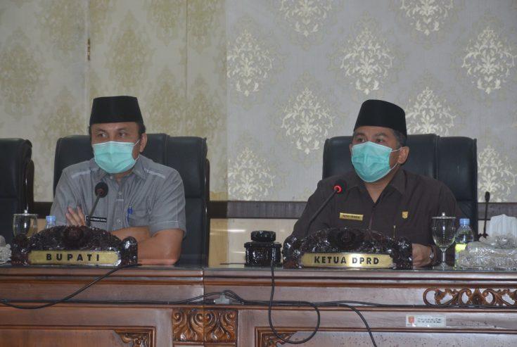DPRD Gelar Rapat Paripurna Usulkan Pemberhentian Bupati-Wakil Bupati Agam Periode 2016-2021
