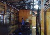 Dua Unit Rumah Semi Permanen Terbakar di Lubuak Tarok Bawan