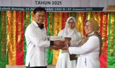 MTsN 3 Agam Raih Dua Penghargaan Lomba HAB ke-75