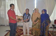 Keluarga Besar SMPN 40 Padang dan Dunsanak Dari Ujung Gading Kunjungi Agam