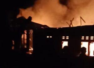 Satu Unit Rumah di Paninjauan Terbakar Dini Hari Tadi