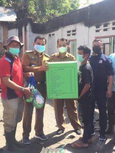Bergerak Cepat, Dinsos Agam Salurkan Bantuan Pada Korban Kebakaran Paninjauan