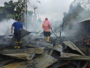 Rumah Semi Permanen di Gaduik Hangus Terbakar