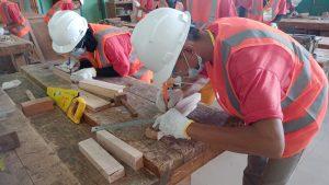 16 Siswa SMKN 1 Tanjung Raya Uji Sertifikasi Kemen-PUPR