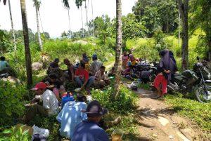 Jelang Ramadan, Warga Nagari III Koto Silungkang Goro Bersihkan Jalan
