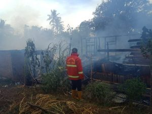 Rumah Semi Permanen di Koto Baru Baso Hangus Terbakar
