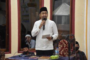 Sambangi Masjid Nurul Iman Padang Mardani, Wagub Ajak Patuhi Prokes