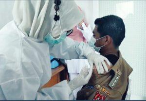 Disuntikkan Istri, Camat Kamang Magek Jalani Vaksinasi Covid-19 Dosis Pertama