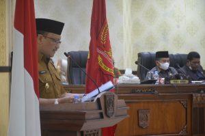 Bupati Agam Jawab Pandangan Umum Fraksi Terhadap Ranperda RPJMD 2021-2026