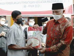 358 KPM di Kampuang Pinang Terima Bantuan Beras