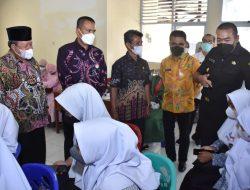 Wagub Sumbar dan Bupati Agam Tinjau Gebyar Vaksinasi di SMKN 1 Ampek Angkek